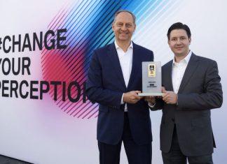 """BMW Group câştigă """"Connected Car Award"""""""